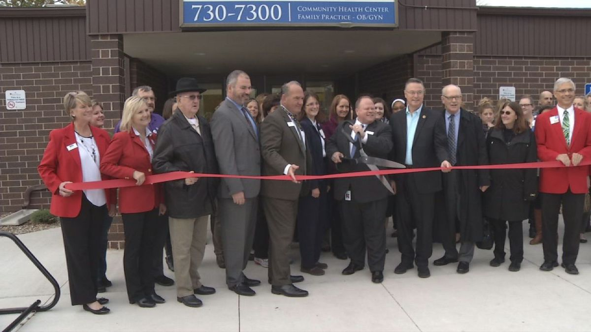 The Eastern Iowa Health Center held a ribbon cutting on Thursday.