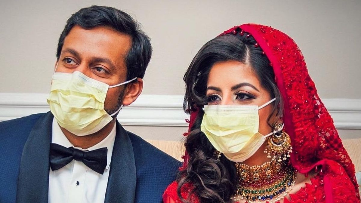 Kashif Chaudhry and Naila Shereen, both doctors, had to cancel their wedding plans in London due to the spread of the coronavirus. The couple had a small wedding in New York before returning back to work. (Saturday, April 4th, 2020//KASHIF CHAUDHRY)