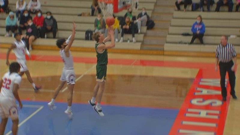 The Cedar Rapids schools opened up the basketball season on Friday after being online only for...
