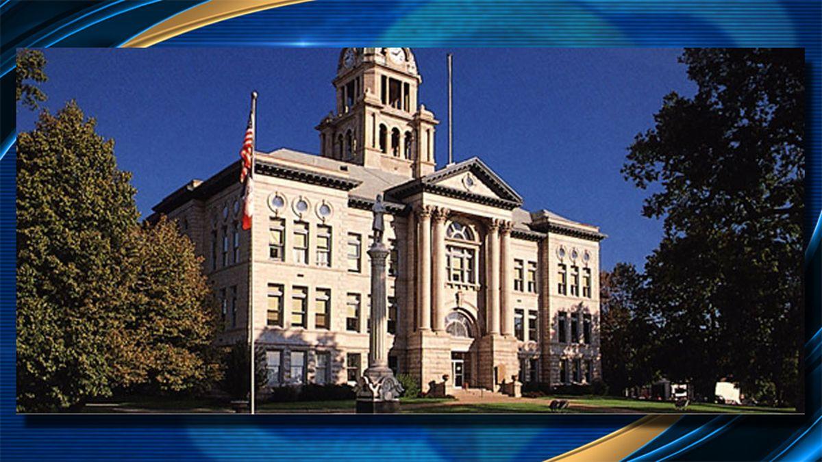 The Muscatine, Iowa County Courthouse. (Muscatine County, Iowa)