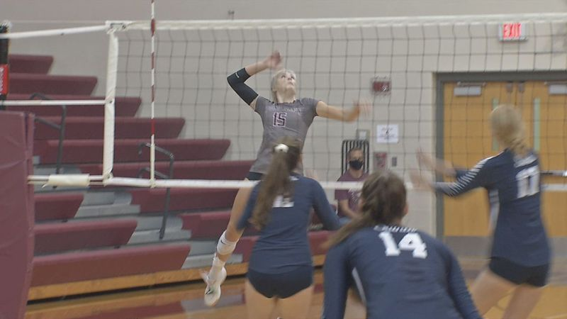 Mount Vernon toppled two more ranked teams on Saturday in the Mount Vernon Fall Classic.
