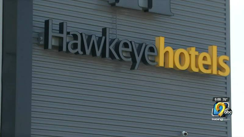 Businesses prepare for busy weekend in Iowa City