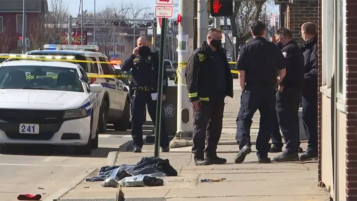 2 Teens Accused Of Setting N Y Man On Fire Killing Him