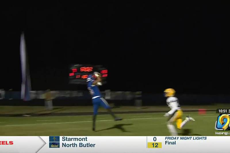 Camanche advances with a 35-20 win over Wahlert Catholic