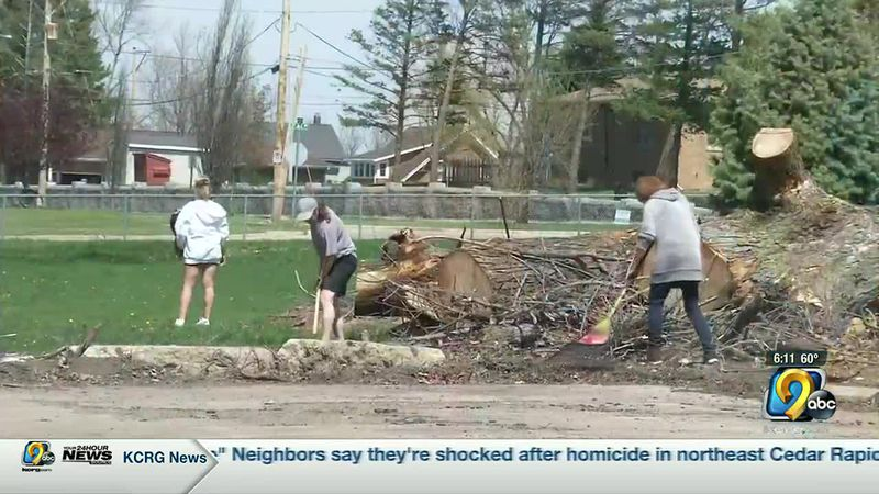Neighborhood cleanups prepare for derecho debris deadline