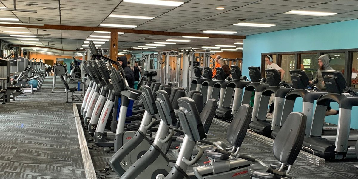 Come Arrest Me Cedar Rapids Gym Reopens As Owner Claims State Proclamation Violates Constitutional Rights
