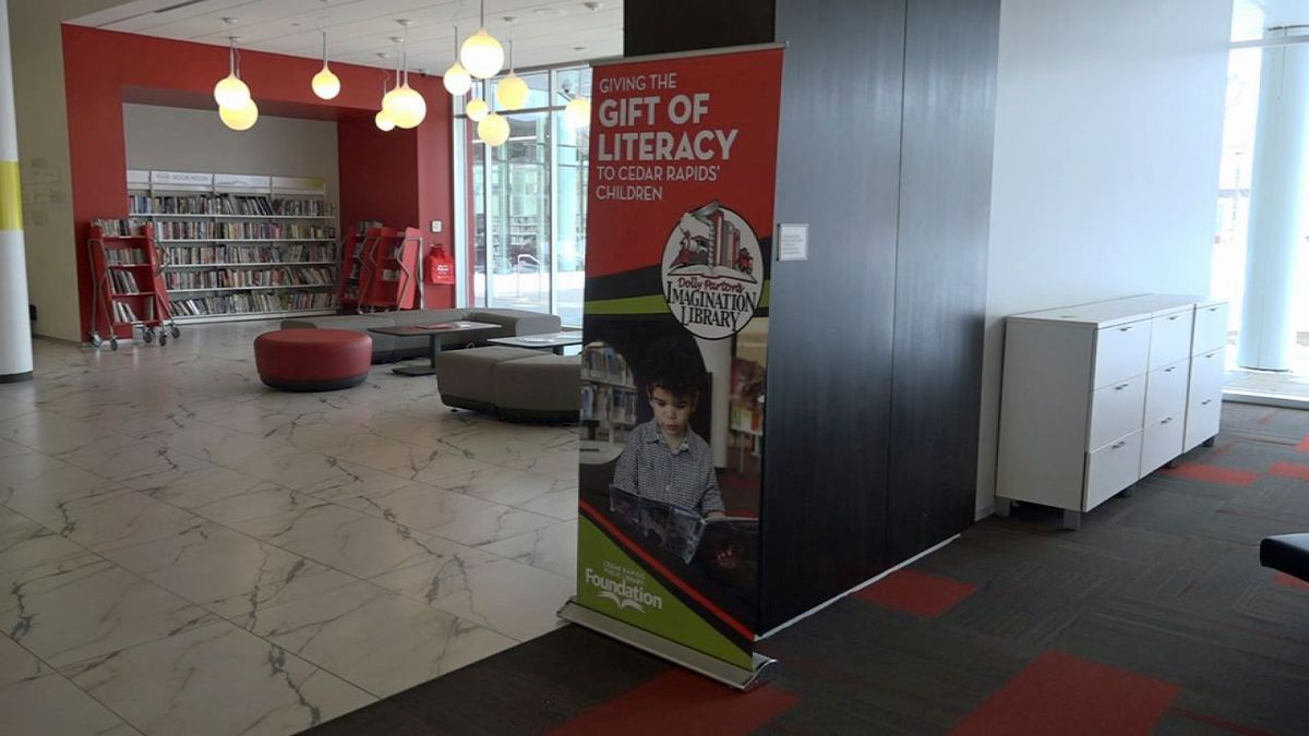 A view inside the Cedar Rapids Public Library on Wednesday, Jan. 22, 2020 (Taylor Holt/KCRG)