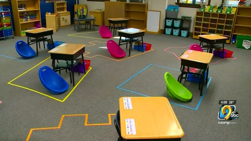 Iowa Senate discussing bill to give students option to go back to classroom full-time