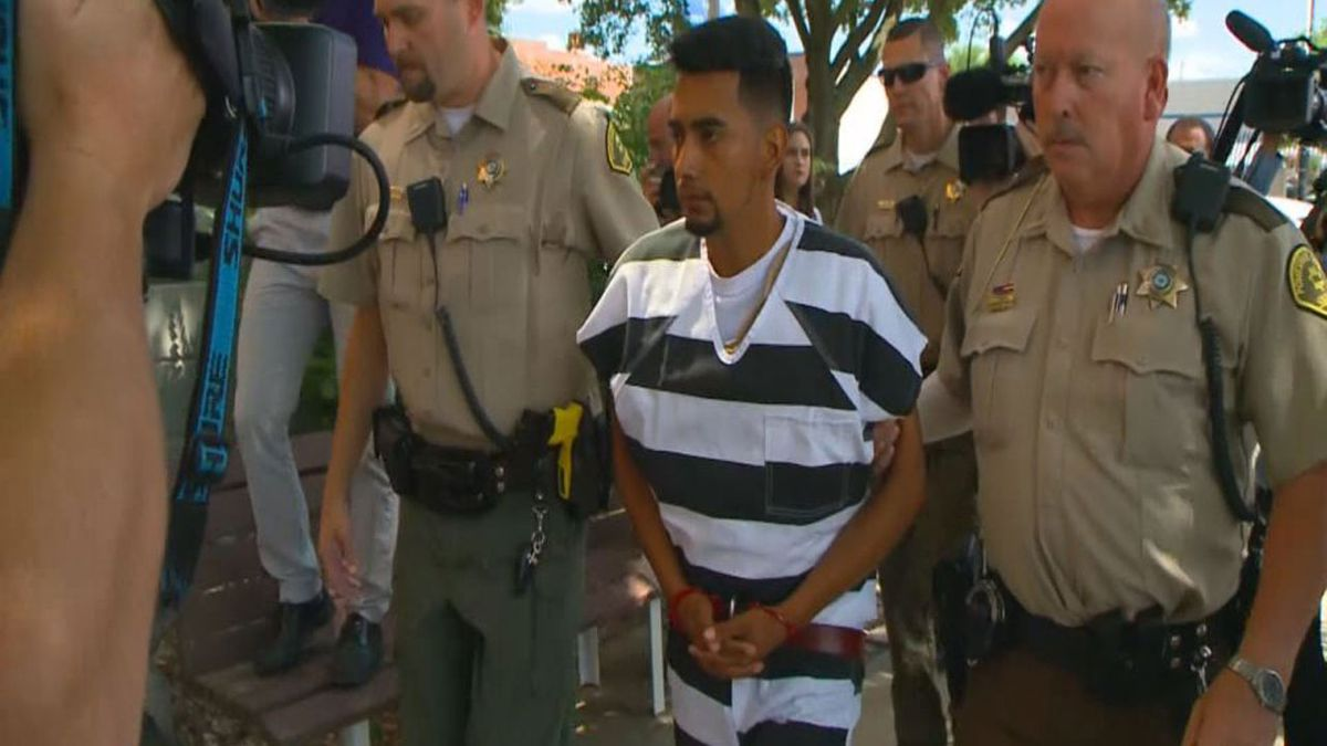 Cristhian Bahena Rivera walks into Poweshiek County Court on Wednesday, August 22, 2018. (KCCI-TV)