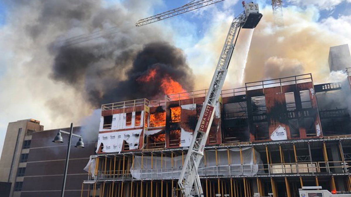 A structure fire at a construction site at the corner of Clinton and Burlington Streets in Iowa City on March 5, 2019 (Courtesy: Jared Cook)