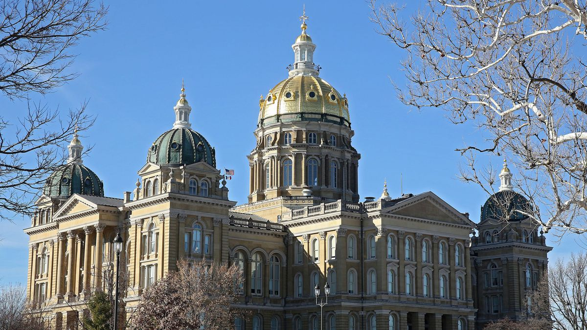 The State Capitol Building in Des Moines on Wednesday, January 15, 2014. (Stephen Mally/The Gazette-KCRG TV9)
