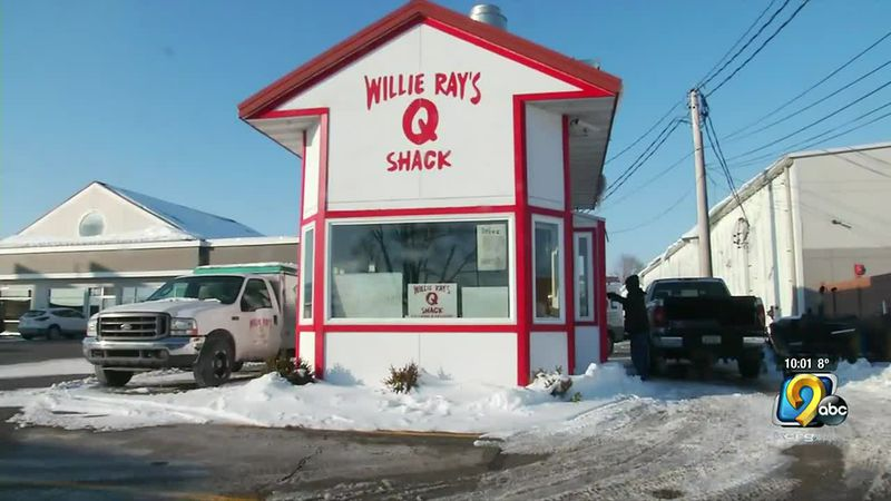 Willie Ray's Q Shack owner headed to Texas to feed people in need
