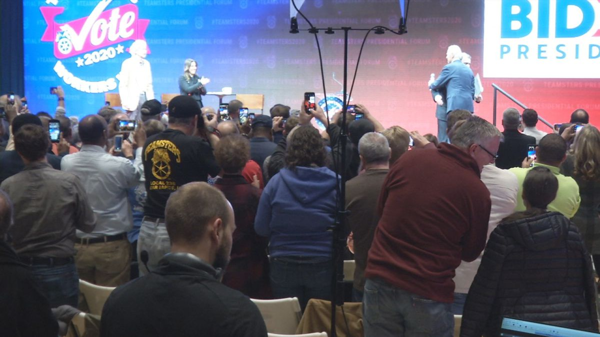 Union workers question presidential hopefuls