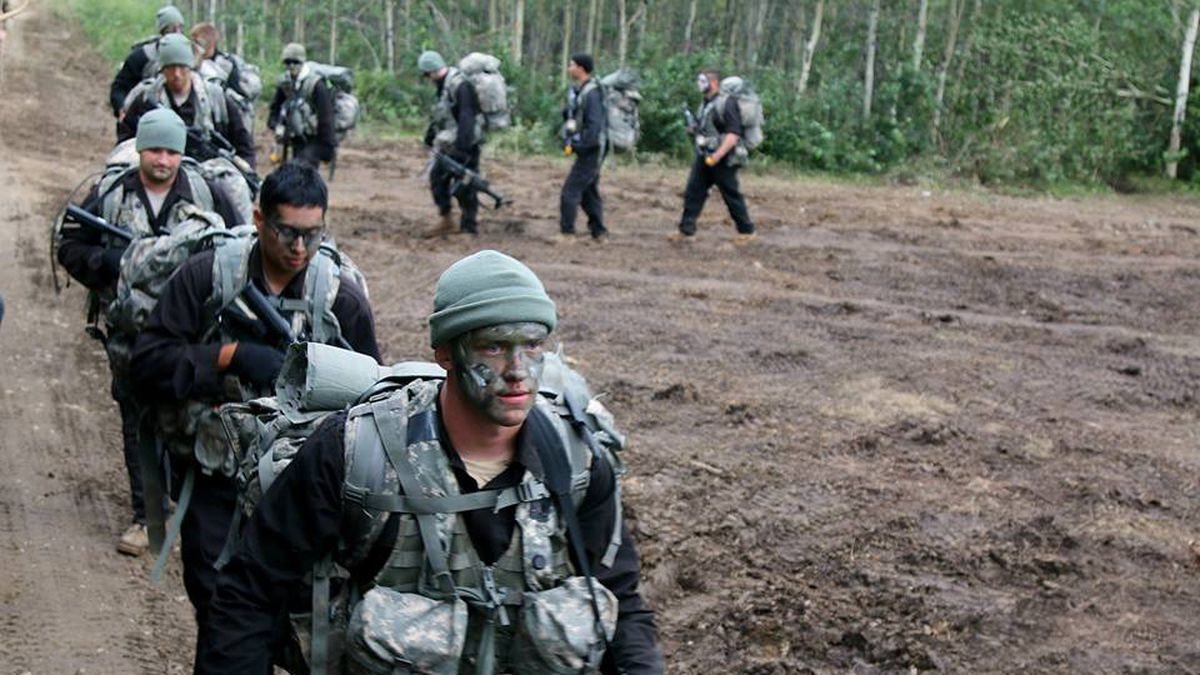 Soldiers from Company C, 1st Battalion, 133rd Infantry Regiment, 2nd Brigade Combat Team, 34th...