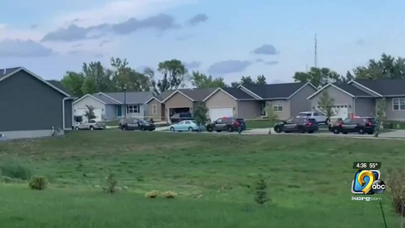 Cedar Rapids police are investigating a burglary and assault that hurt multiple people on the...