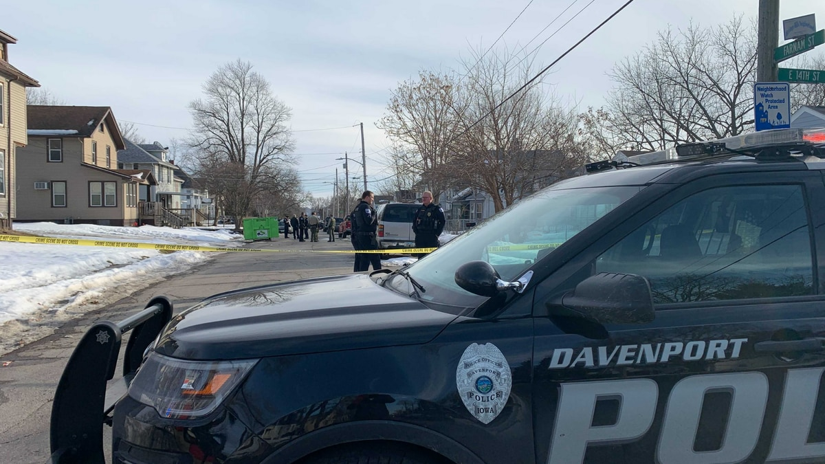 Davenport Police have blocked off stretches of Farnam St. in Davenport, unknown what the cause...