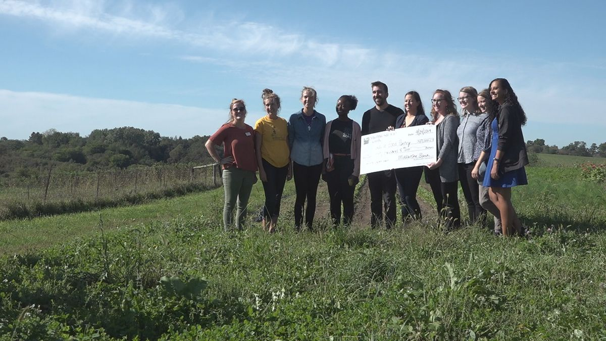 MidWestOne Bank presented a check to the Coralville and North Liberty food pantries at Sundog Farm in Solon, IA on September 24, 2019. The grant for $50,000 will allow organizers to start a program called Veggie RX. (Aaron Scheinblum/KCRG)