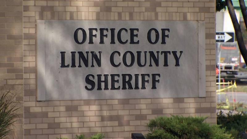 The sign outside of the LInn County Sheriff's Office in Cedar Rapids (Josh Scheinblum/KCRG)