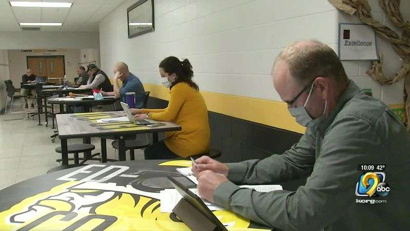 Ed-Co school board members did not make any decisions on whether to keep the mask mandate in...