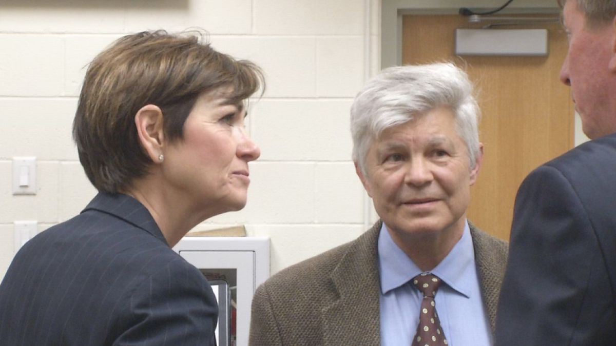 Governor Kim Reynolds spoke with Linn County Emergency Management and area flood experts to...
