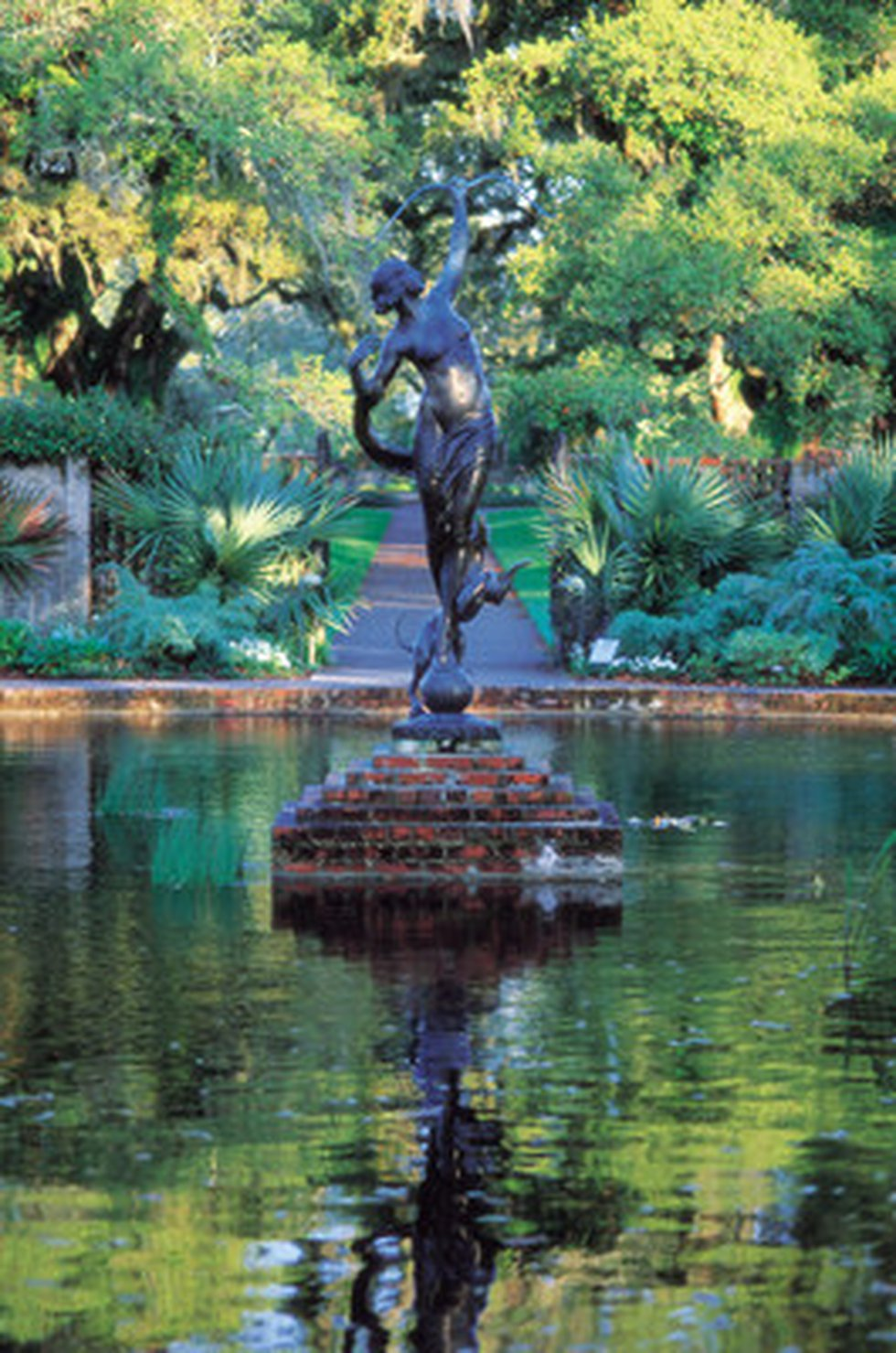 Home to what is considered the largest collection of American figurative sculpture in the...