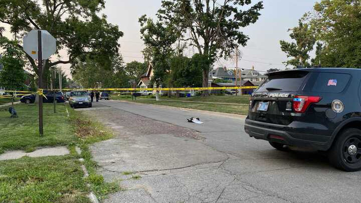 Cedar Rapids Police investigate a shooting at 3rd Avenue and 16th Street SE on Friday, July 23,...