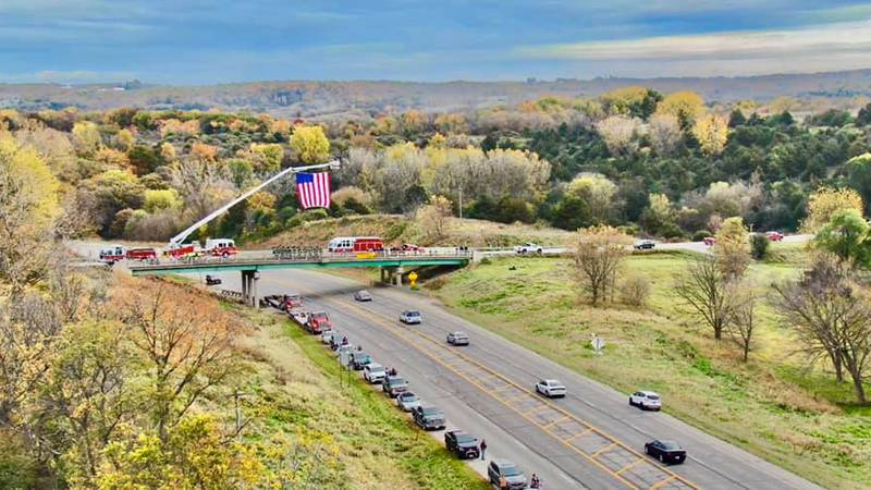 Images from Trooper Ted Benda's procession near Decorah