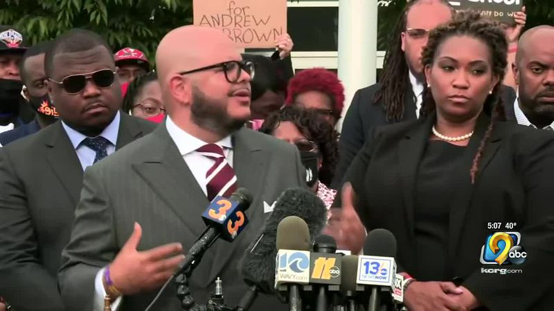 The family of Andrew Brown Junior says deputies were not justified in shooting and killing him...