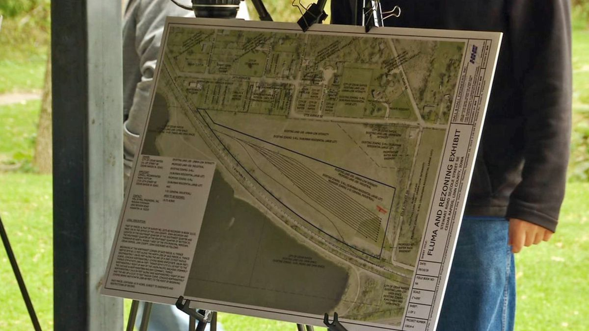 Cargill presented plans for a new rail yard at a public meeting in Cedar Rapids on Wednesday, Oct. 16, 2019. (Mary Green/KCRG)