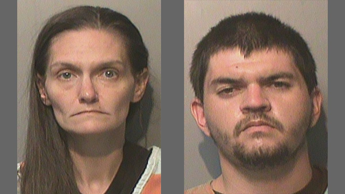 Amanda Wright, left, 34, and Andrew Hall, right, 27, both of Des Moines.