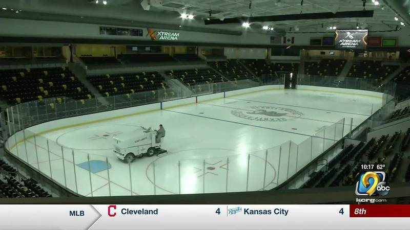 Xtream Arena unveils its new ice for the Iowa Heartlanders