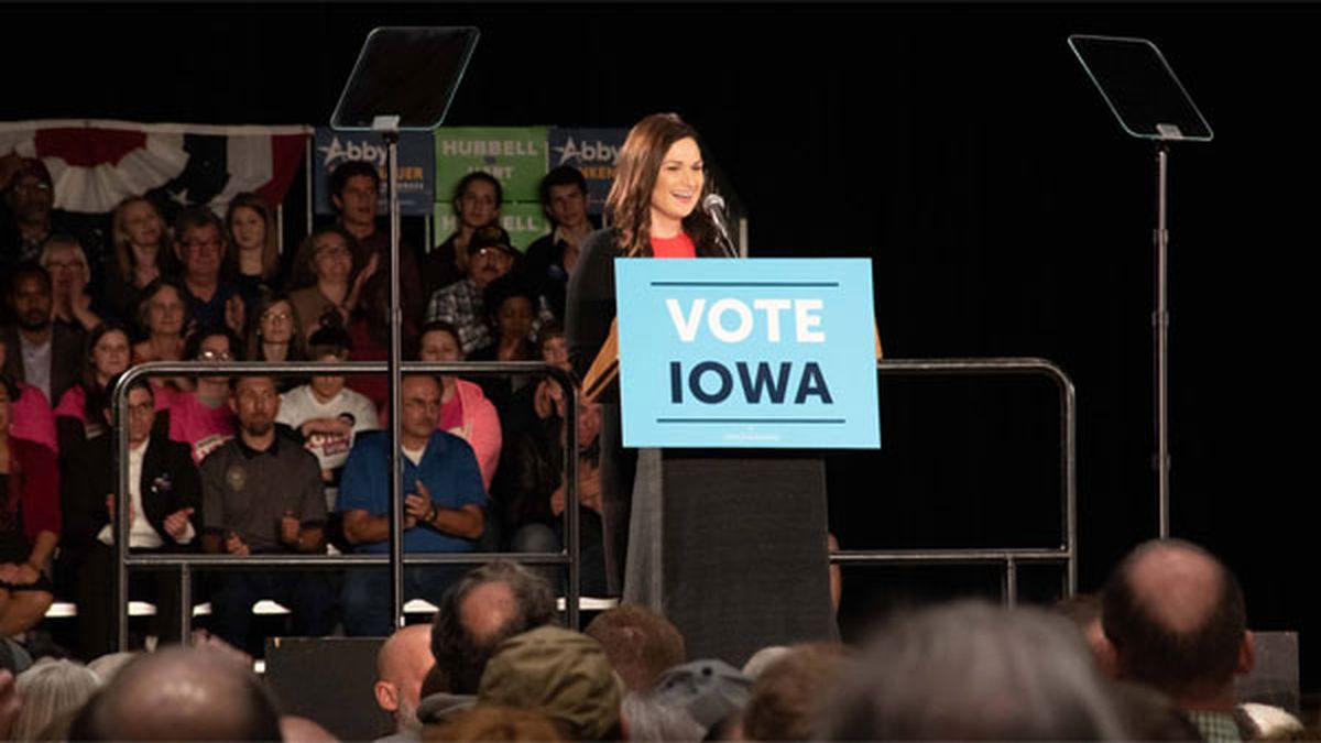 Abby Finkenauer campaigns in Cedar Rapids in October 2018. (COURTESY PHOTO)