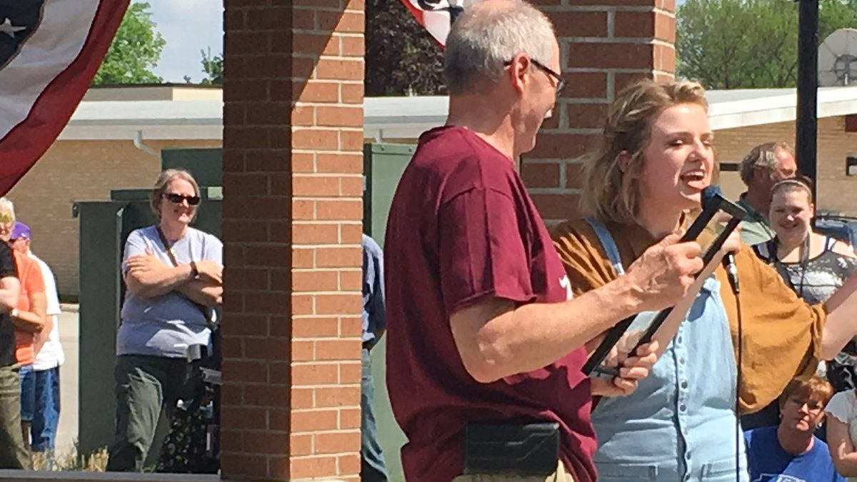 "Clarksville Mayor Val Swinton presents a proclamation to Maddie Poppe, announcing that Tuesday, May 15, 2018 is ""Maddie Poppe Day."" (Jordee Kalk/KCRG-TV9)"