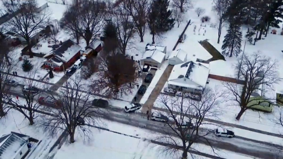 Aerial view of a shooting scene along 51st Street in Des Moines on Wednesday, Jan. 15, 2020 (KCCI)