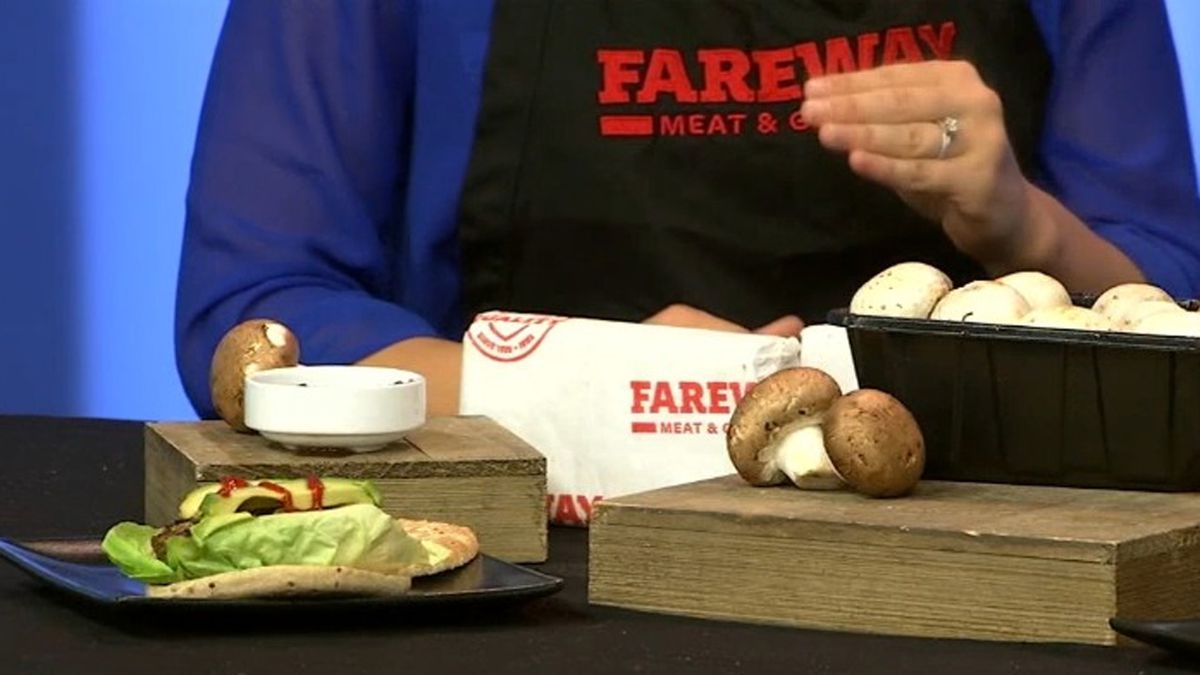 If you're looking for a little something to add flavor to your cooking, Fareway Dietitian Whitney Hemmer has a suggestion with something called 'blending.' (KCRG)